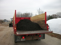 Ski Landscape Truck loaded with 4 cubic yards of Mulch