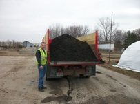 Ski Landscape Truck loaded with 8 cubic yards of Mulch